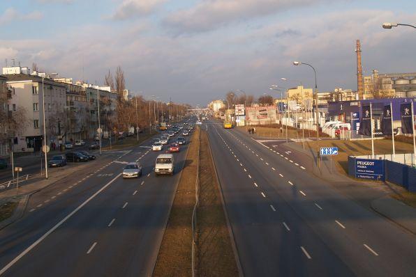Buspas zająłby prawy pas jezdni w kierunku Marek  / fot. targowek.info