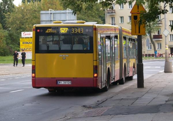 Autobus 527