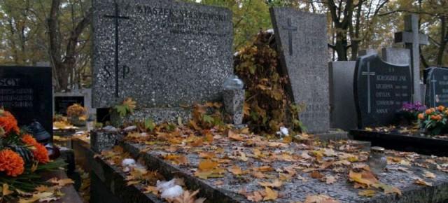 Zamknięte ulice wokół cmentarza