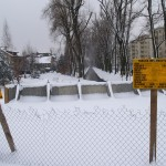 Budowa skweru schowana pod śniegiem [ZDJĘCIA]