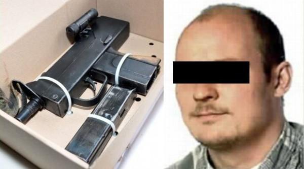 Dariusz D. i pistolet maszynowy, z którego miał zabić klienta