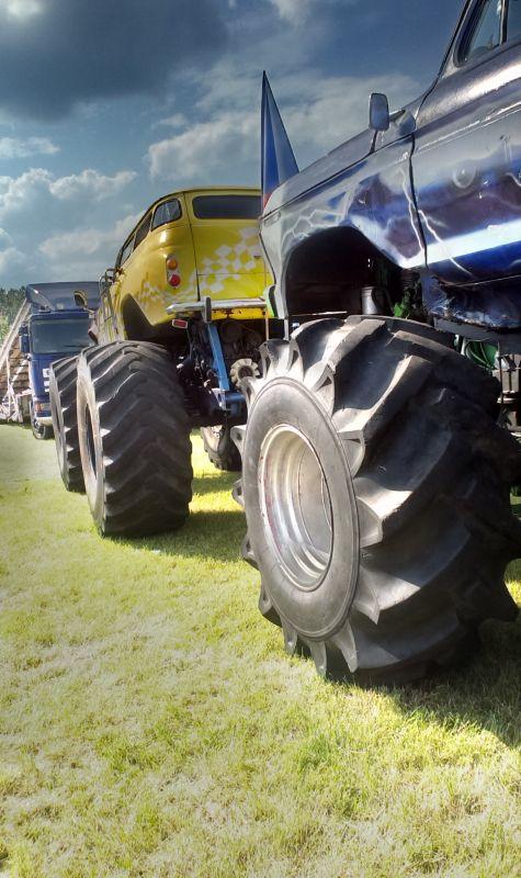 Monster truck2
