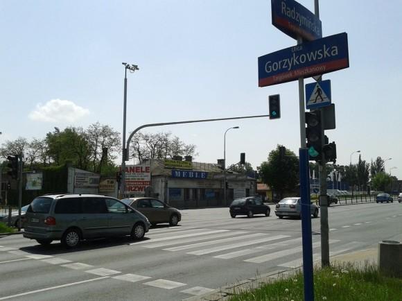 Radzymińska róg Gorzykowskiej - najniebezpieczniejsze skrzyżowanie na Targówku / fot. targowek.info