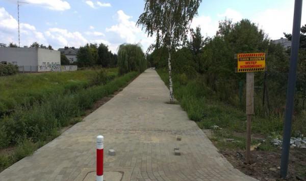 Widok na promenadę z ul. Rolanda / fot. targowek.info