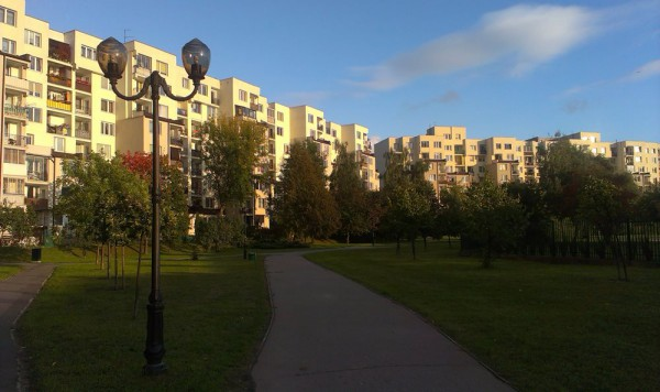 Latanie przy ul. Askenzego sa nie tylko nowe, ale i bardzo stylowe /fot. targowek.info
