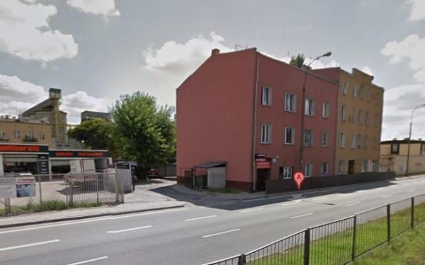 W parterze kamienicy przy Radzymińskiej 128 znajduje się wolny lokal o powierzchni 16 mkw.  / fot. pustostany-warszawy.pl