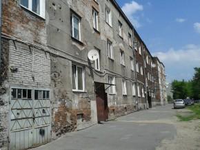 Ul. Święciańska w sercu Targówka Mieszkaniowego - ten obszar rewitalizowany raczej nie będzie /fot. targowek.info