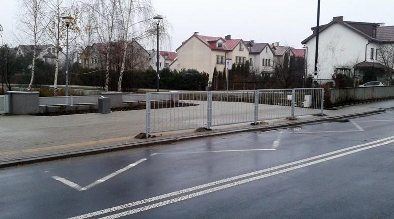 Przystanek widmo na Zaciszu w Warszawie