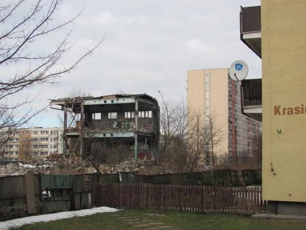 Tyle została z budynku przy Kondratowicza / fot. / targowek.info