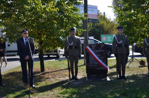 pomnik powstanie warszawa