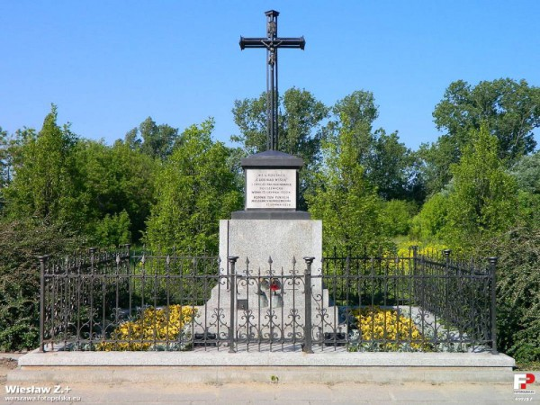 Pomnik Cudu nad Wisłą przy Wysockiego / fot. CC-BY-SA 3.0 Fotopolska.Eu