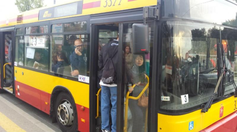 Poziom zapchania autobusów zastępczych na Bródnie: 120%