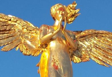 Złoty Anioł Stróż zniknął z parku