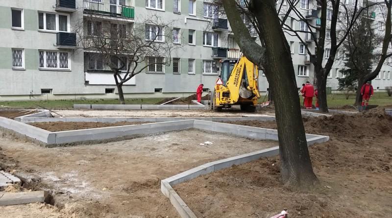 Budowa nowego parkingu przy ul. Kondratowicza 23a / fot. targowek.info