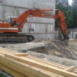 Lekcje na placu budowy. Znowu spóźnione remonty szkół