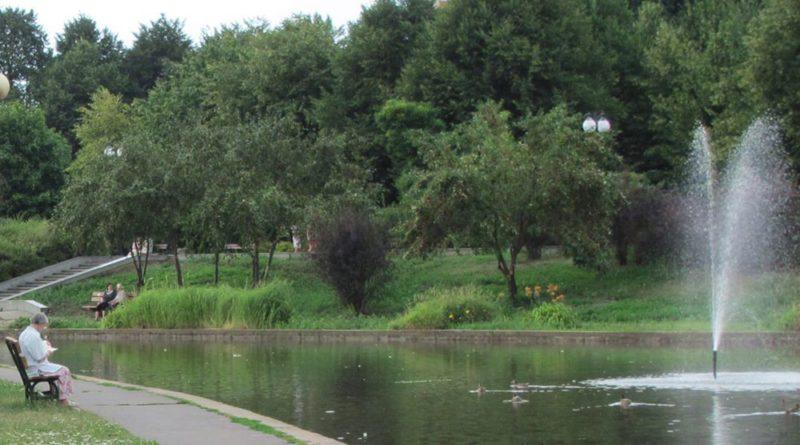 Jeszcze jeden remont stawów w parku. Czy woda wreszcie będzie czysta?