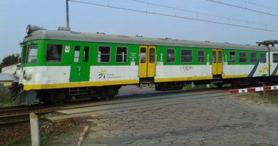 Koleje Mazowieckie wyjaśniają wielki tłok w pociągach do Wileniaka